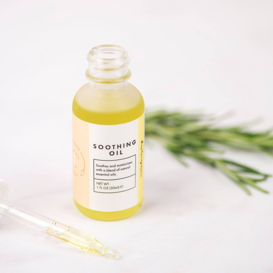 tamaras sugaring soothing oil bottle